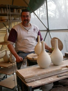 Tom Rohr making pots